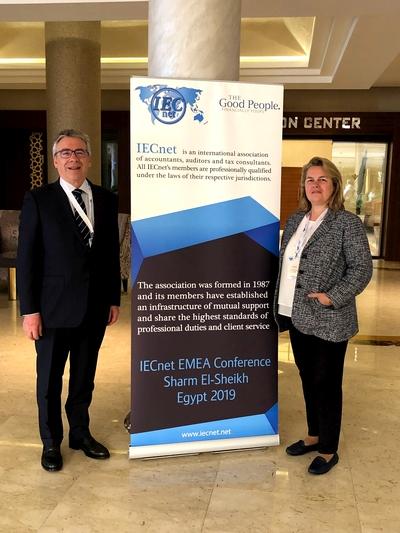 IECnet-EMEA Egipto, Ana Morera y Frederic Borras